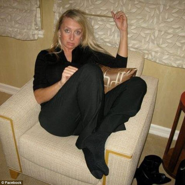 Gracel series blowjob on sofa